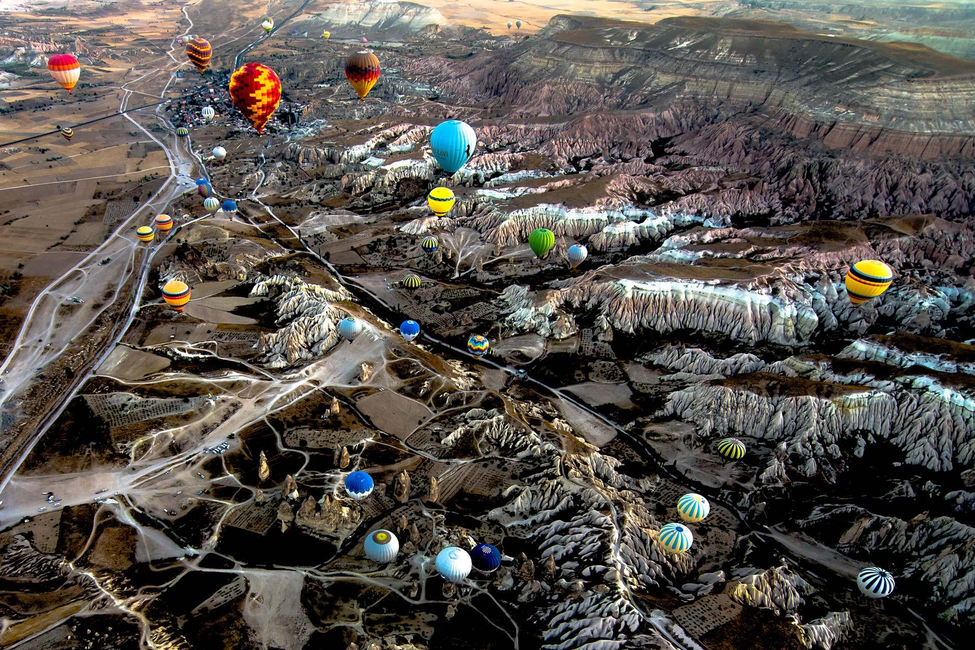 Reisefotografie - Ballons und Landschaft